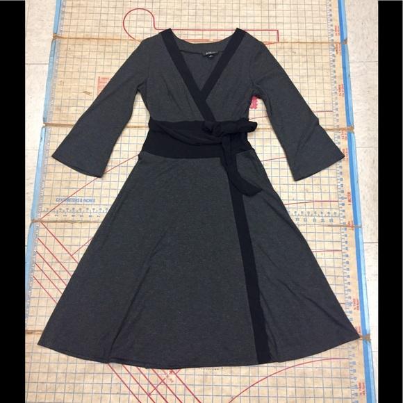 AGB Dresses & Skirts - AGB kimono wrap dress size 10